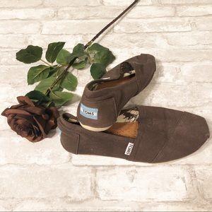 TOMS | 8M Shoe